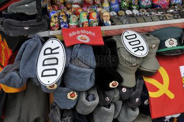 UDSSR- und DDR-Militaria als Reiseandenken aus Berlin