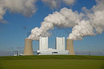 RWE-Braunkohlekraftwerk Niederaussem