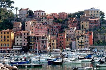 Boote im Hafen von Lerici