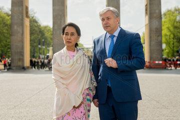 Berlin  Deutschland  Aung San Suu Kyi  NLD  und Klaus Wowereit  SPD