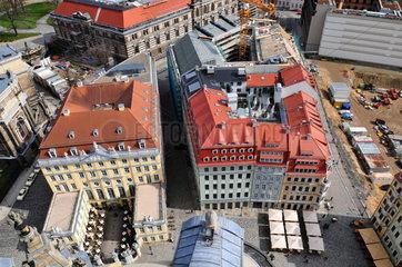 Blick von der Frauenkirche auf Dresdner Altstadt