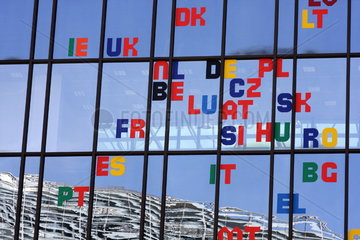 Das Europ__ische Parlament in Br__ssel
