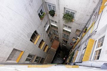 Hinterhofidyll in der spanischen Hauptstadtmetropole Madrid