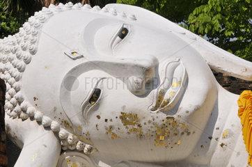 Thailand: liegende Buddhastatue