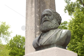 Karl-Marx-Denkmal