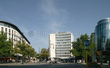 Berlin  Geschaeftsgebaeude am Kudamm