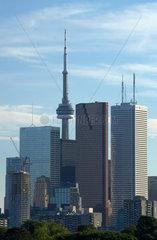 Toronto - Blick auf die Skyline mit den Wolkenkratzern und dem CN Tower