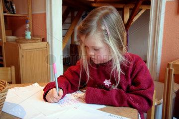 Erste Schreibuebungen im Kindergarten