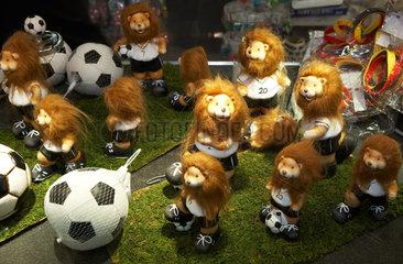 Das offizielle Maskottchen Goleo VI der Fussball WM als Miniatur