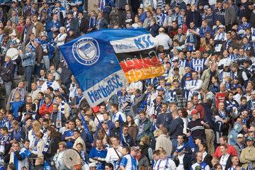 Berlin  Fans von Hertha BSC im Olympiastadion