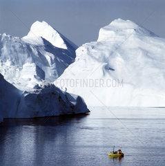 Fischerboot in der Disko-Bucht  Ilulissat  Groenland