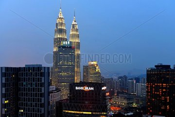 Skyline von Kualar Lumpur bei Nacht