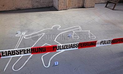 Justizopfer am Mord Tatort (gestellt)