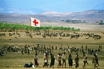 Intern.Rotes Kreuz - Hungersnot
