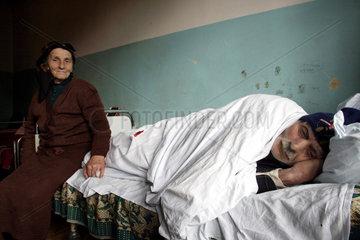 Krankenzimmer in einem aermlichen Hospital in Georgien