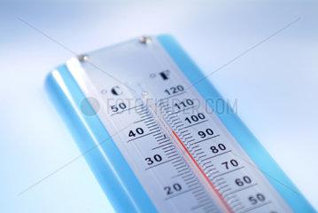 Ein Thermometer