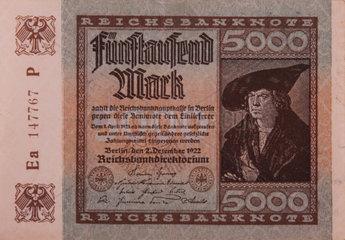 Ein alter deutscher Fuenftausend Mark Schein