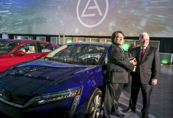 U.S.-LOS ANGELES-GREEN CAR JOURNAL-GREEN CAR OF THE YEAR-HONDA CLARITY