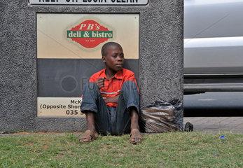 Suedafrika: Strassenjunge in Santa Lucia
