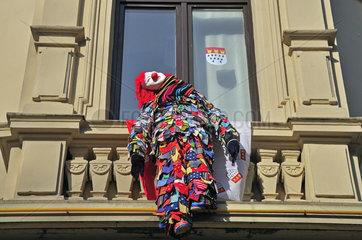 Nubbel an der Fassade einer Kneipe in Nippes  Koelner Karneval  Koeln  Rheinland  Nordrhein-Westfalen  Deutschland  Europa