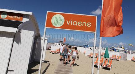 Privatstrand Viaene an der belgischen Nordseekueste