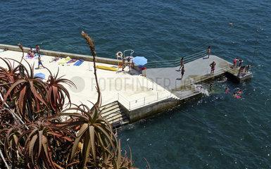 Madeira: Seebad bei Funchal