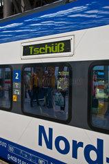 HKX  Hamburg-Koeln-Express  ein privates Fernverkehrsunternehmen  Hauptbahnhof in Koeln  Nordrhein-Westfalen
