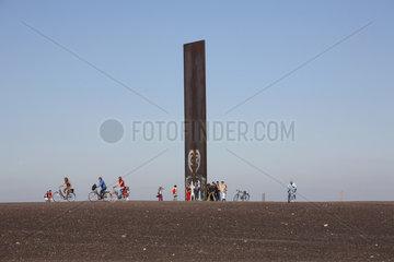 Essen  Schurenbachhalde  Stahlbramme von Richard Serra