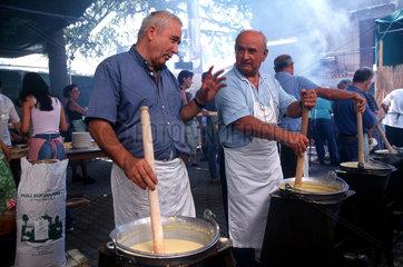 Italien  Steinpilzfest in der Toskana