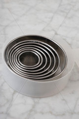 Set of stainless steel mixing bowls