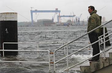 Kiel  Deutschland  Hochwasser an der Kieler Foerde durch schwere Herbststuerme