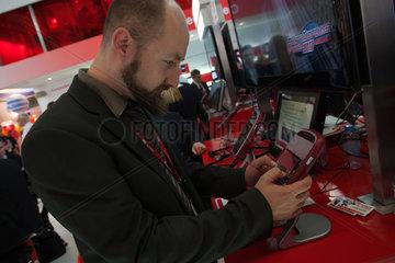 Barcelona  Spanien  Messestand auf der Mobilfunkmesse Mobile World Congress