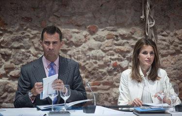 Figueres  Spanien  Felipe von Spanien mit Ehefrau Letizia