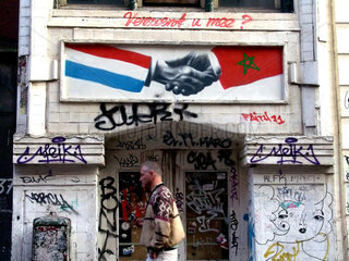 Niederlande. Amsterdam. Verfallenes Haus