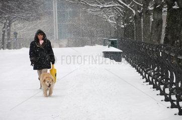 Verschneiter Hofgarten Muenchen