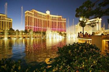 Die Wasserspiele vor dem Hotel Bellagio im Spielerparadis Las Vegas