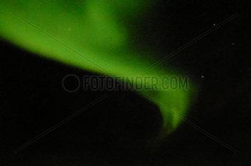 Gruenes Polarlichtband ueber dem Atlantik