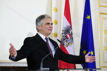 Ministers with Chancellor Werner Faymann