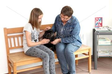 Wartezimmer einer Tierarztpraxis