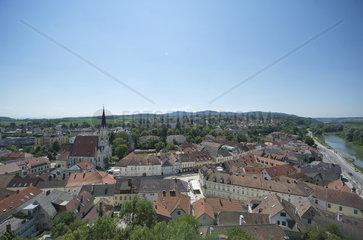 Aussicht vom Stift Melk auf die Stadtgemeinde Melk an der Donau. UNESCO Weltkulturerbe Wachau