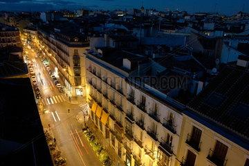 Blick __ber das n__chtliche Madrid