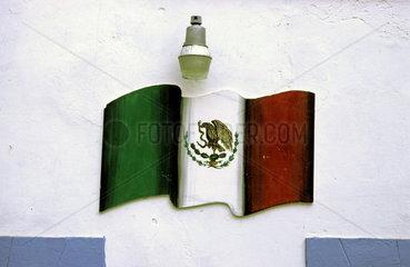 Nationalfahne als Wandgemaelde  Guanajuato  Mexiko