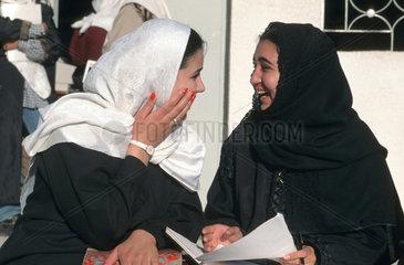 Muslimische Studentinnen an der Uni