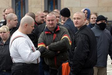 Skinheads und Rechte bei Demo in Kiel