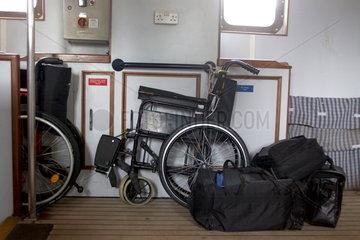 Rollstuhl im Gepaeckraum