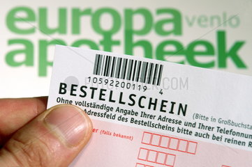 Bestellschein fuer Europa-Apotheek im DM-Markt