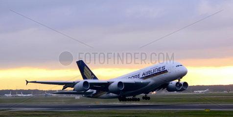 Airbus A380 beim Start