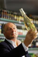 Michael Willkomm  Geschaeftsfuehrer der Weinkellerei Peter Mertes