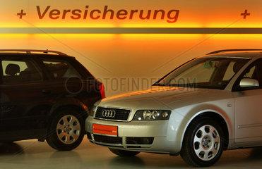Berlin  Werbung fuer Autoversicherung