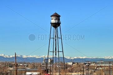 USA  Denver: Alter Wassertank auf dem Gelaende der Denver Stock Show